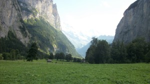 Road to Tummelbach Falls 5