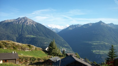 swiss-chalet-alps-weishorn-in-distance